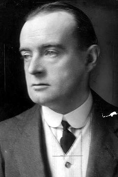 hector hugh munro tea analysis Tea is available online here saki (aka hecor hugh munro) was a british novelist and short story writer he was born in burma in 1870 and killed in france in 1916.